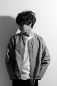 小関 峻(コセキ シュン) / シンガーソングライター